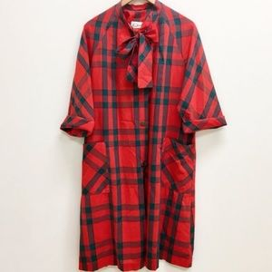 Vintage plaid dress/ house coat